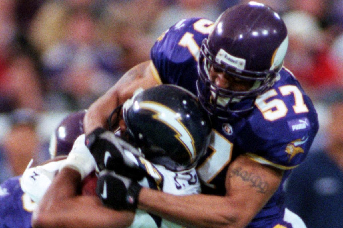 Minneapolis, MN 11/28/99 - The Vikings defeat San Diego at the Metrodome, 35-27. — Minnesota√ïs Dwayne Rudd tackles a San Diego player during third quarter of the Vikings√ï 35-27 victory at the Metrodome.