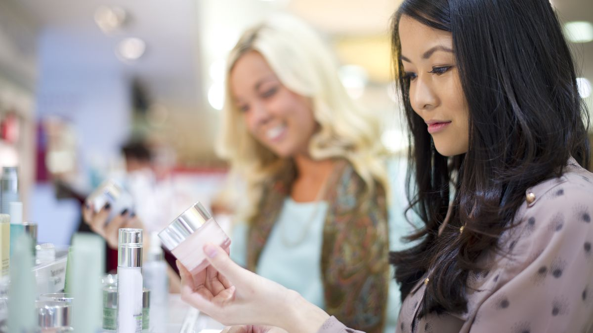 Why Makeup Companies Still Give Gifts With Purchase