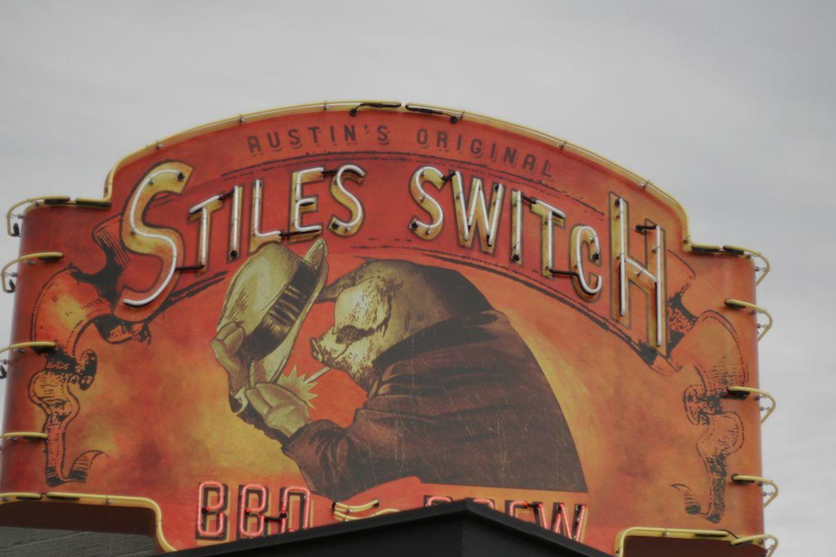 Stiles Switch neon.