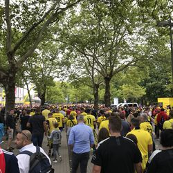 The crowd outside the stadium on game day. A sea of Yellow and Black, with a few dots of Bayern red interspersed. Everyone was in good spirits. August 3, 2019.