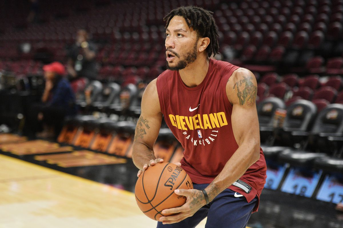 1e392a26a2b Cleveland Cavaliers one play explained  Derrick Rose attacks on the break