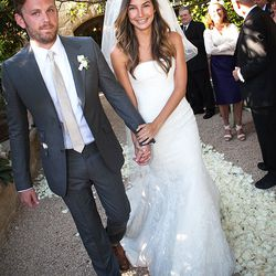 Model Lily Aldridge wore a strapless Vera Wang confection at her May 13th, 2011 wedding to Caleb Followill.