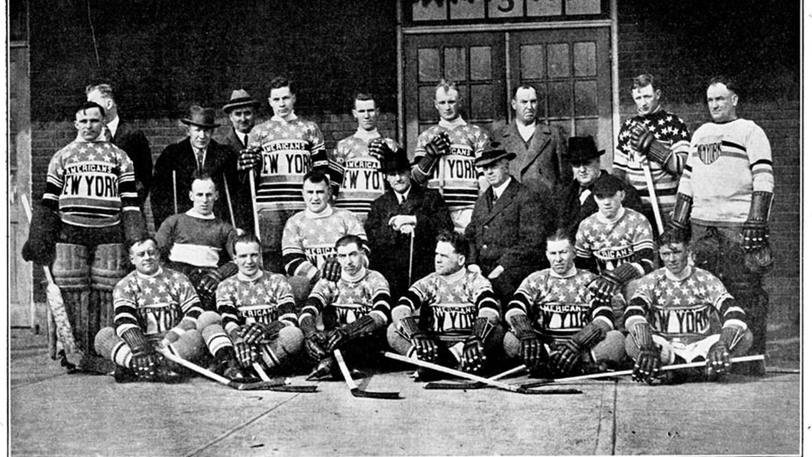 Remember The New York Americans The Big Apple S First