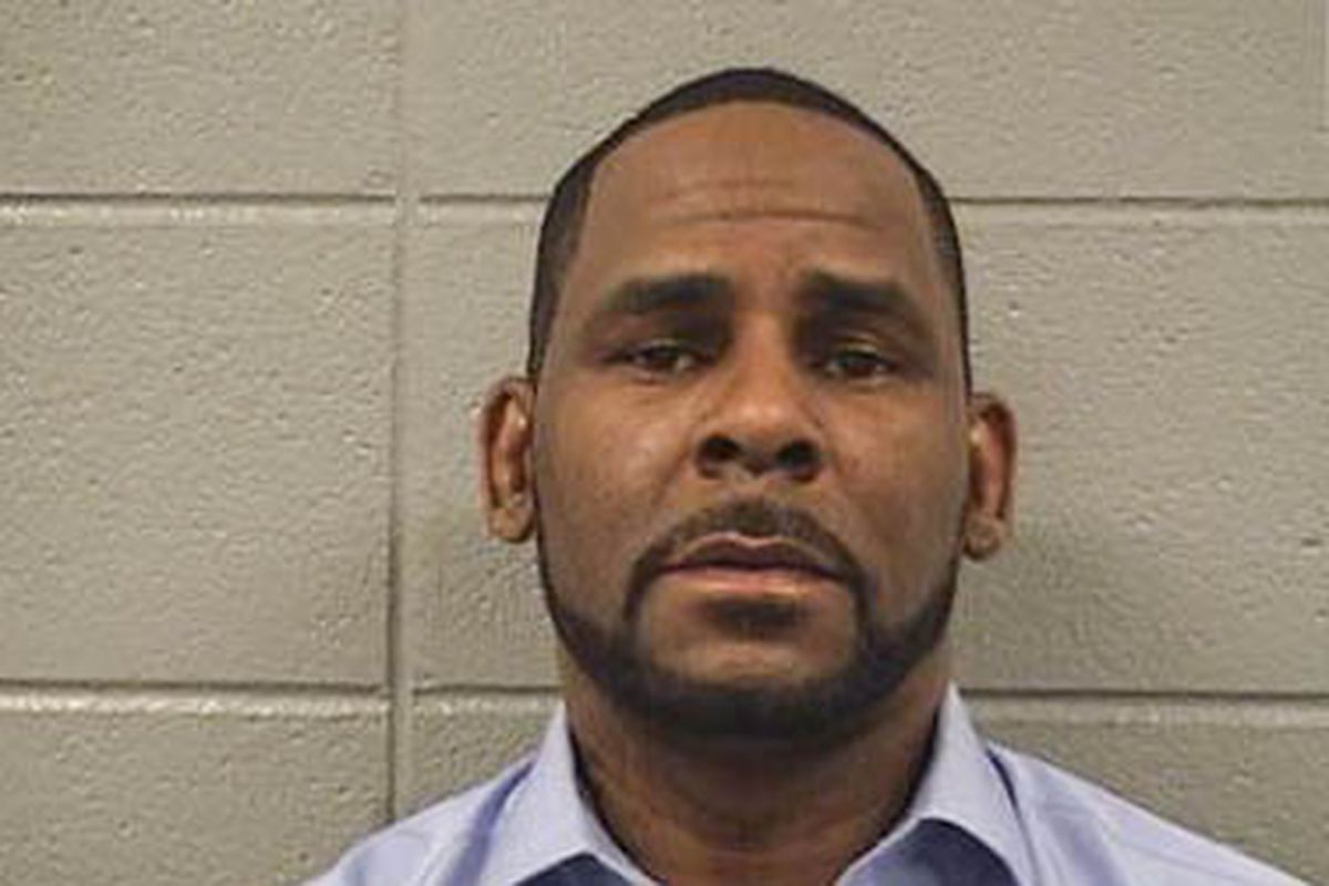 What sent R. Kelly to the hospital for surgery
