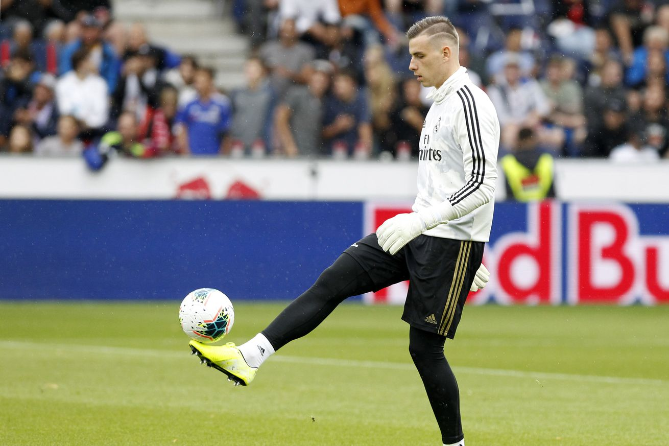 OFFICIAL: Real Madrid send Lunin to Valladolid on loan deal