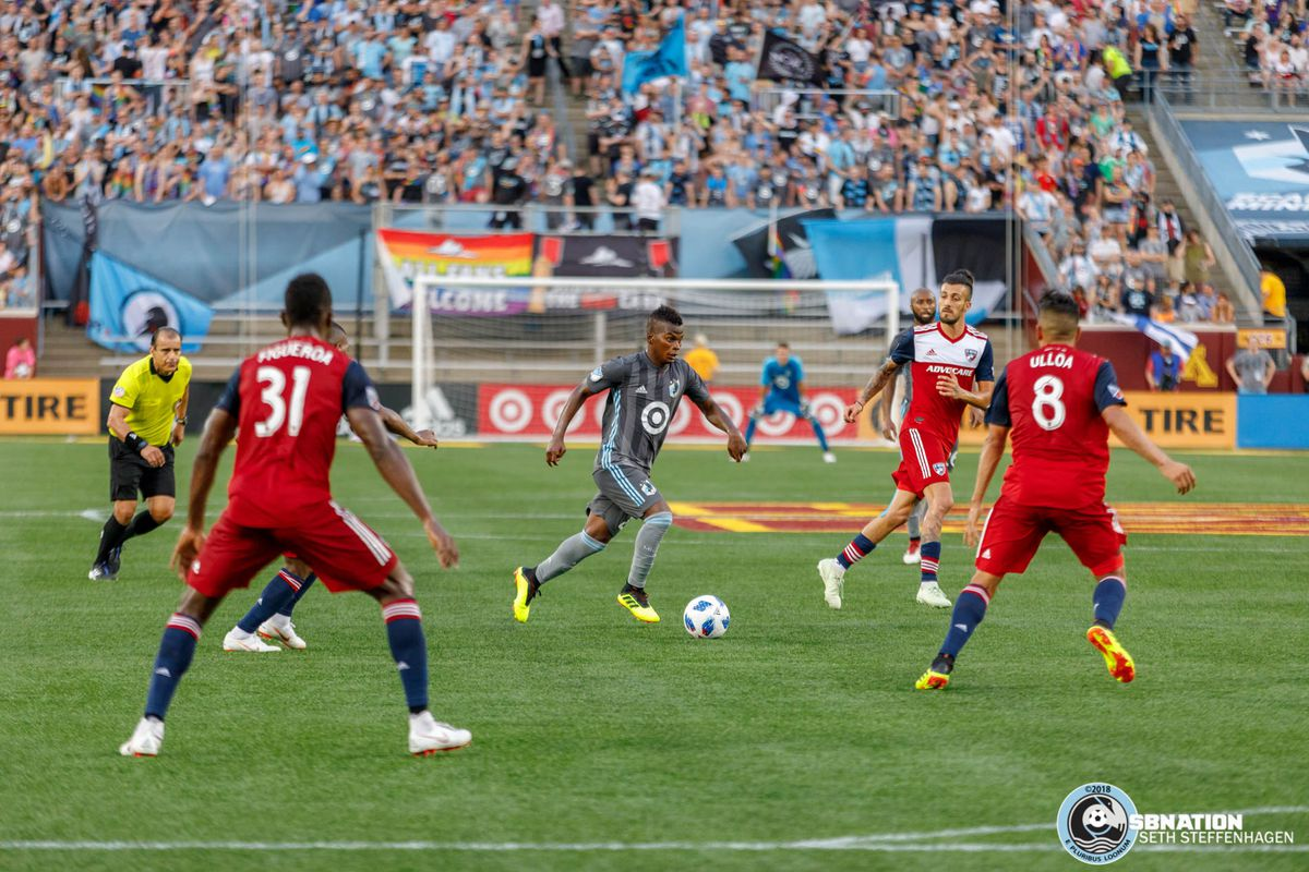 June 29, 2018 - Minneapolis, Minnesota, United States - Minnesota United forward Darwin Quintero (25) dribbles the ball through midfield during the match against FC Dallas at TCF Bank Stadium.