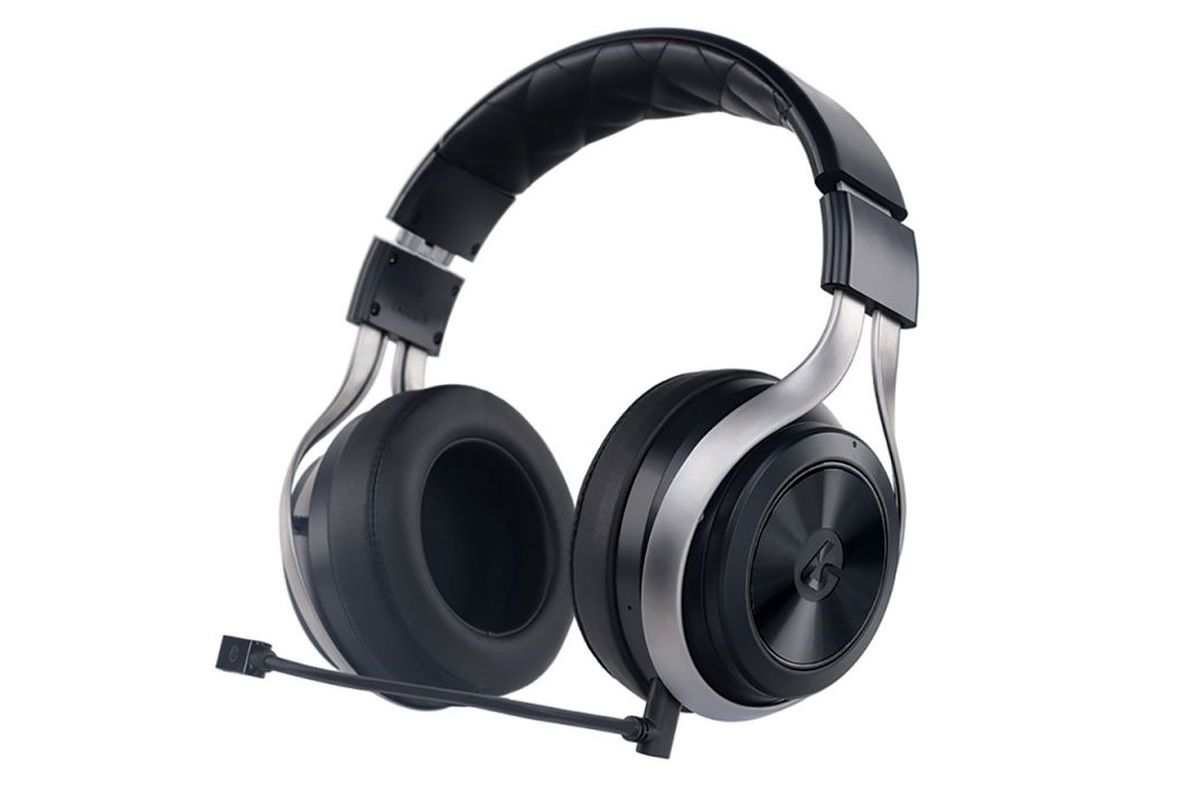 The LucidSound LS30 is that rare gaming headset that doesn't suck