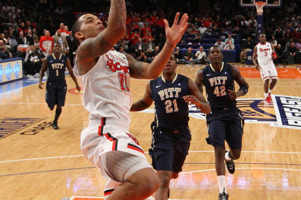 Sophomore <strong>D'Angelo Harrison</strong> will lead the Johnnies into Charleston, SC for the Charleston Classic from November 15-18.