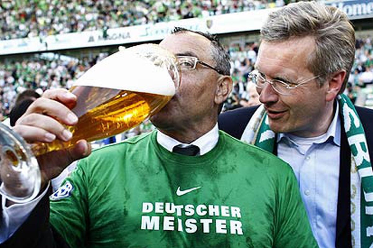 In an effort to fit in the english culture, Magath drinks a small beer.