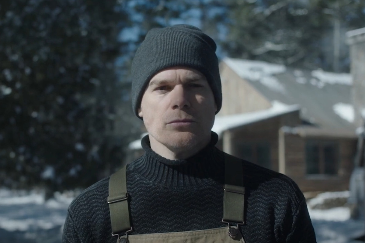 Dexter Morgan wearing winter clothes from the revival of Dexter