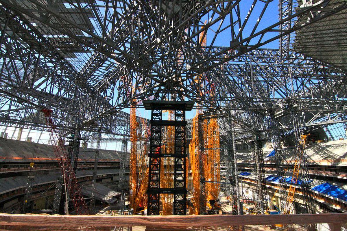 Atlanta falcons mercedes benz stadium will be chock full for Hotels near mercedes benz stadium atlanta