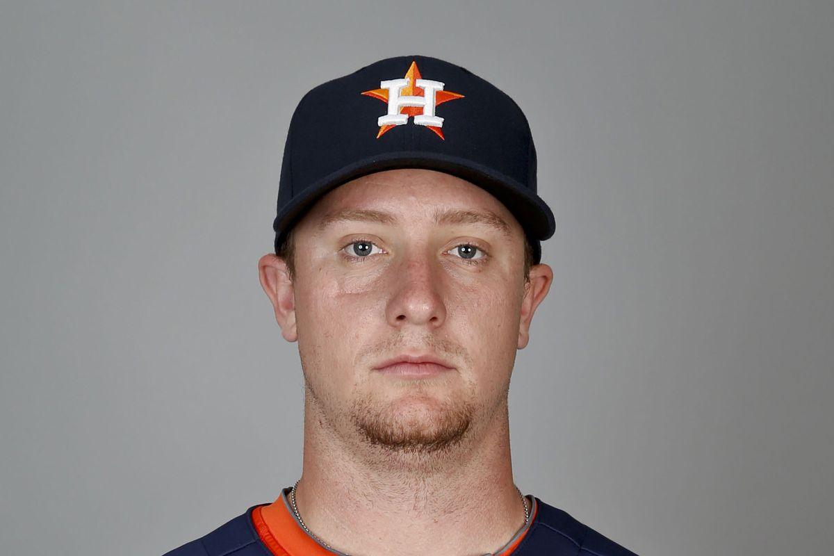 Chris Wallace, the baseball player.