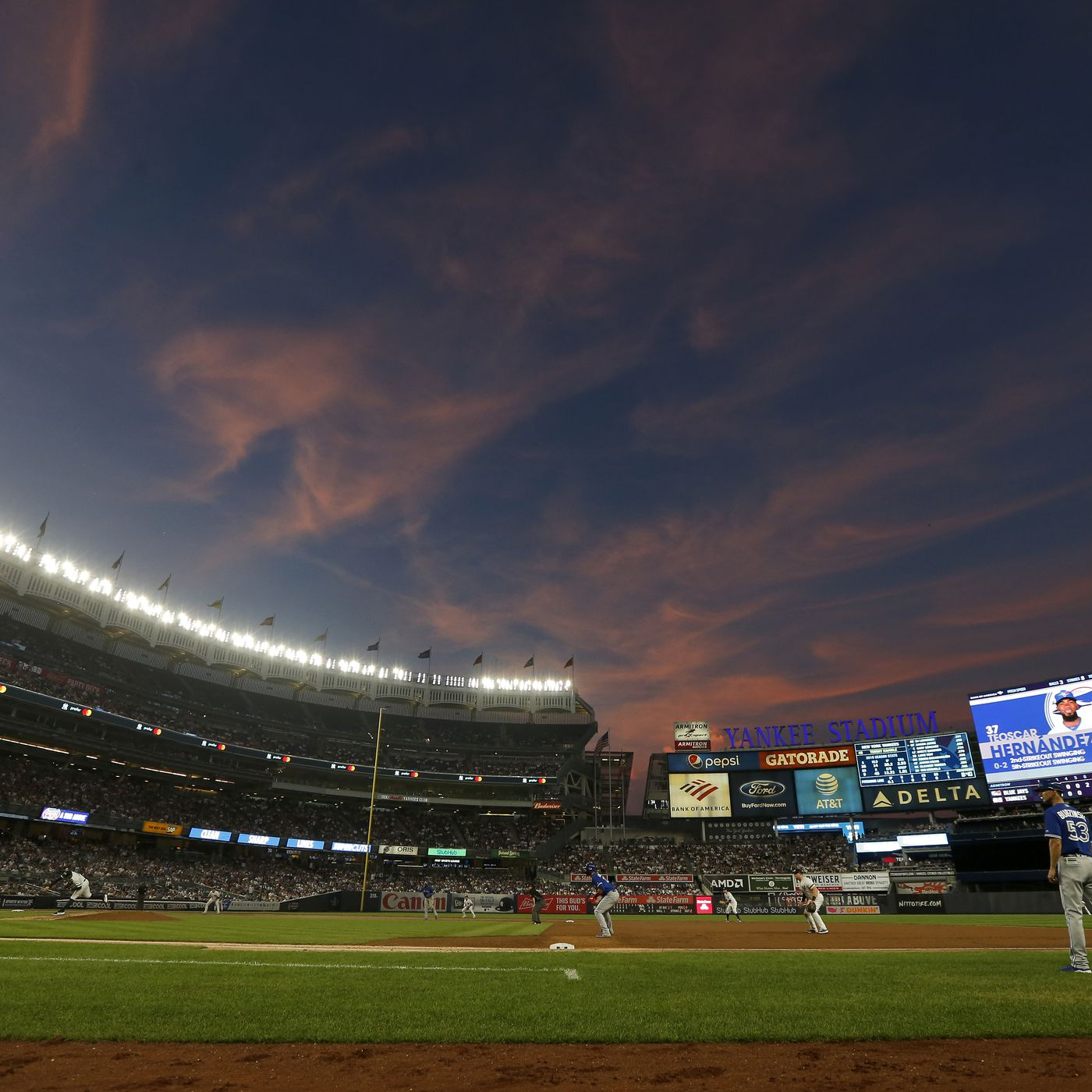2019 Mlb Division Series Day 2 Twins Vs Yankees Game 1