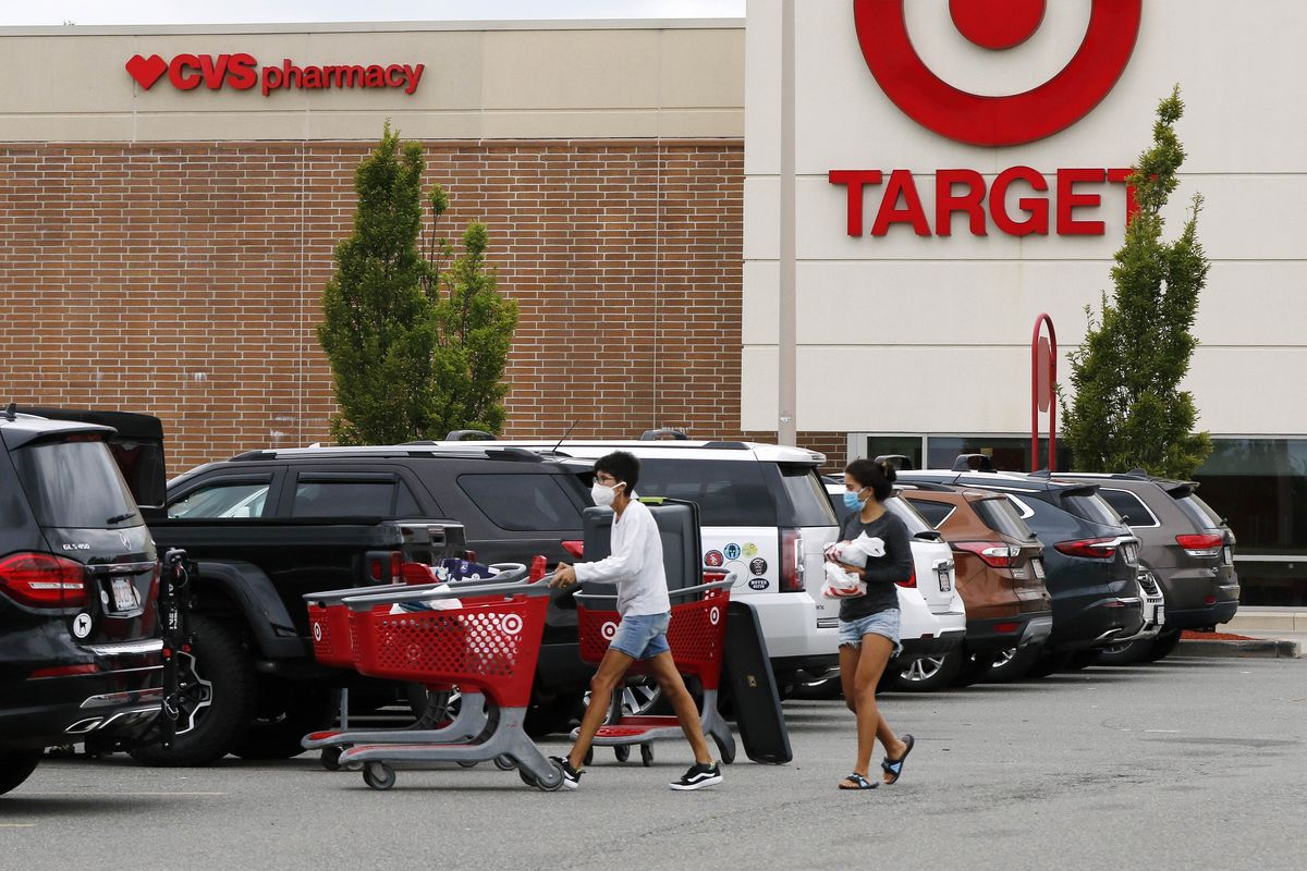 Target's strong sales streak extended through the holiday season.