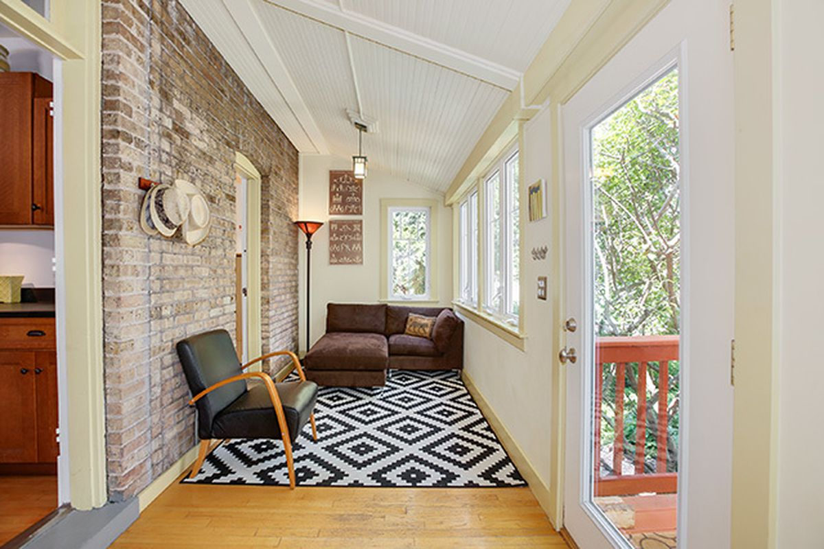 Cute Albany Park Bungalow Lists For 350K