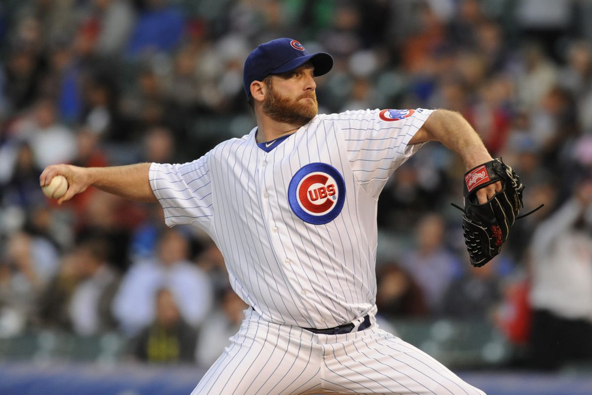 Ryan Dempster of the Chicago Cubs pitches against the Atlanta Braves at Wrigley Field in Chicago, Illinois.  (Photo by David Banks/Getty Images)