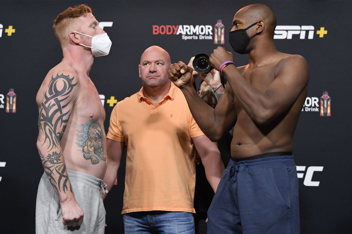 Opponents Ed Herman and Mike Rodriguez face off during the UFC Fight Night weigh-in at UFC APEX on September 11, 2020 in Las Vegas, Nevada.