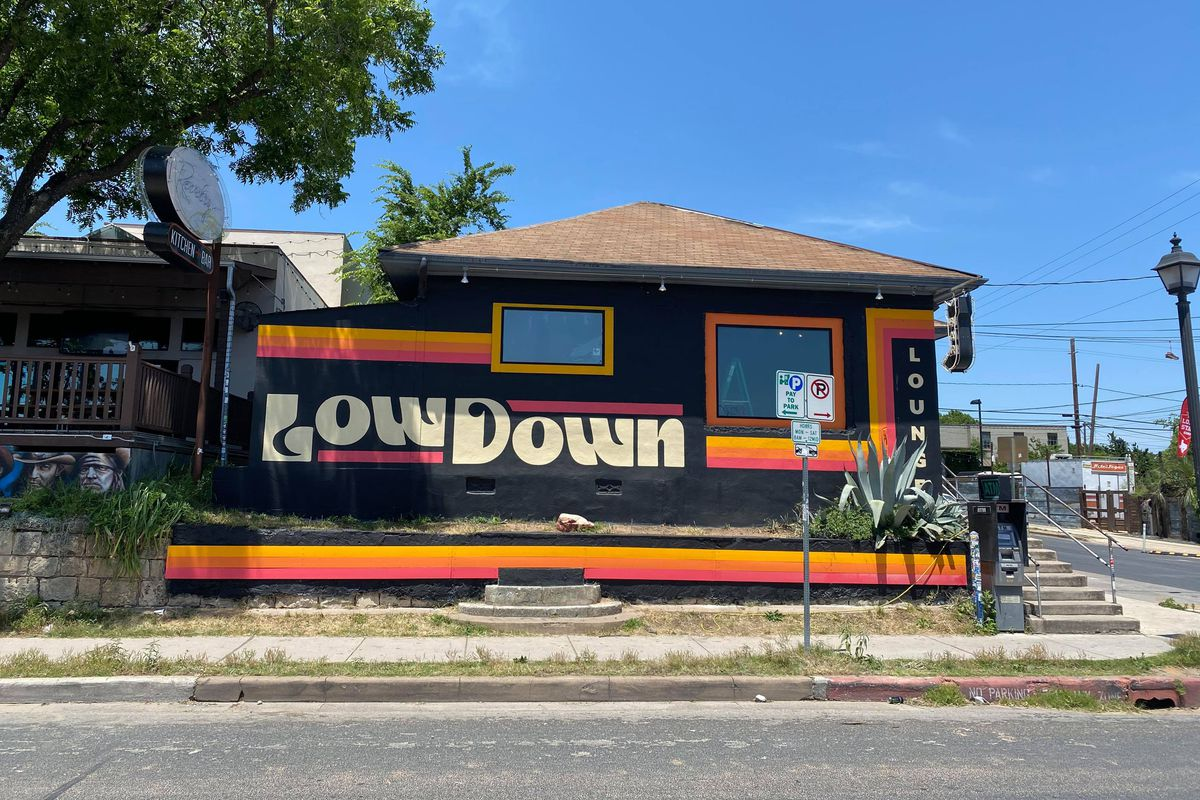 The Low Down Lounge