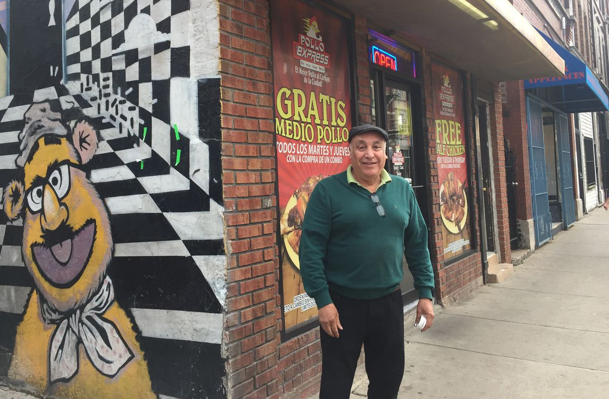 Rodolfo Alvarez, near his Pilsen hardware store.   Sam Charles/Sun-Times