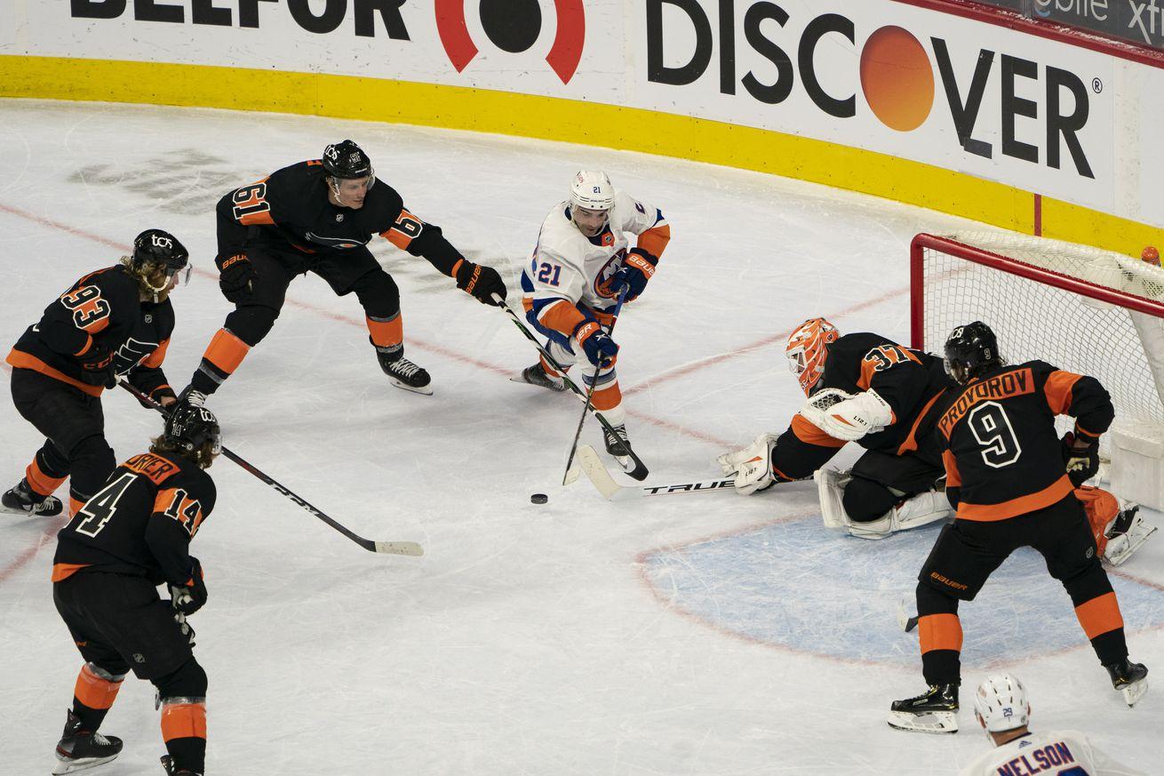 NHL: APR 18 Islanders at Flyers