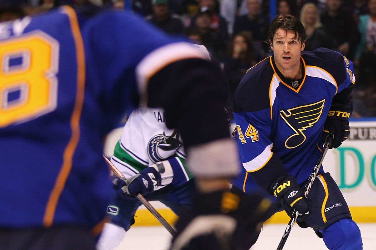 ST. LOUIS, MO - NOVEMBER 4: Jason Arnott #44 of the St. Louis Blues looks or a pass after loosing his helmet against the Vancouver Canucks at the Scottrade Center  on November 4, 2011 in St. Louis, Missouri.  (Photo by Dilip Vishwanat/Getty Images)