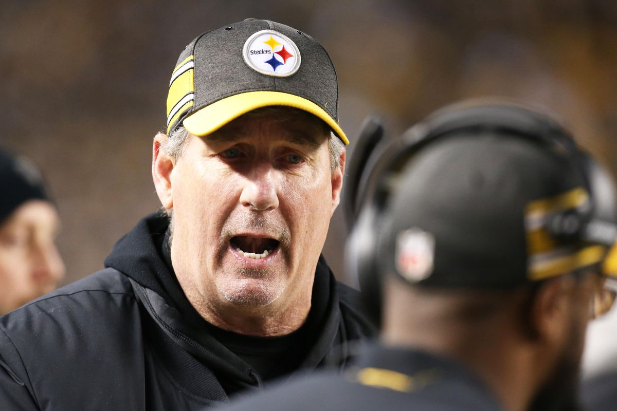 9a2c9d87ef0 Defensive Coordinator Keith Butler will also coach the OLBs in 2019 ...