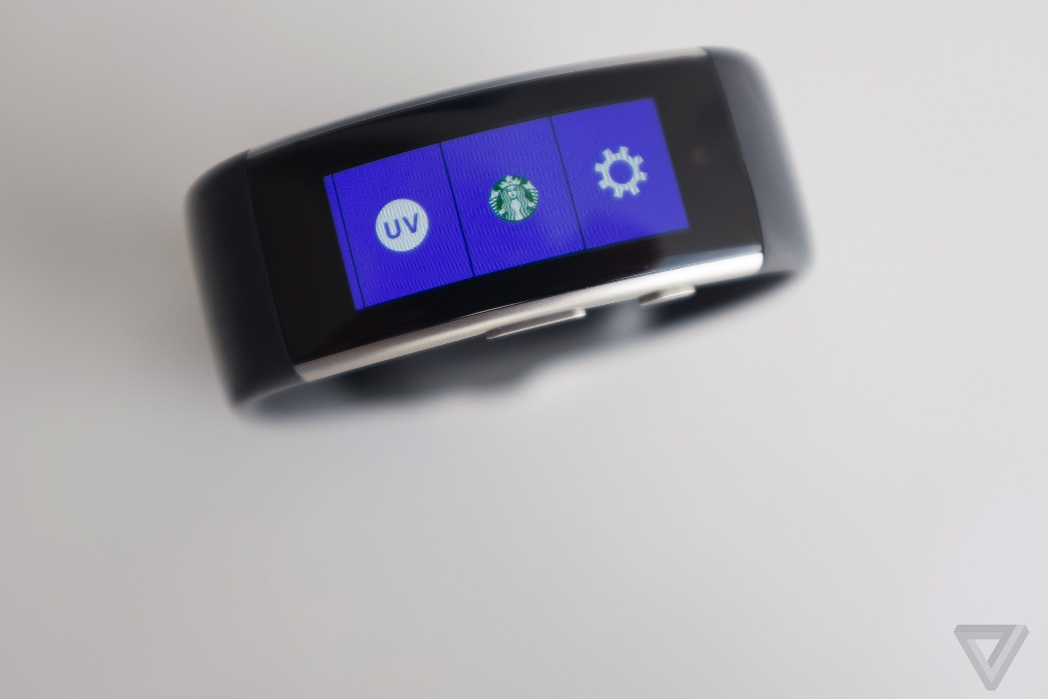 microsoft band 2 review an identity crisis on your wrist. Black Bedroom Furniture Sets. Home Design Ideas