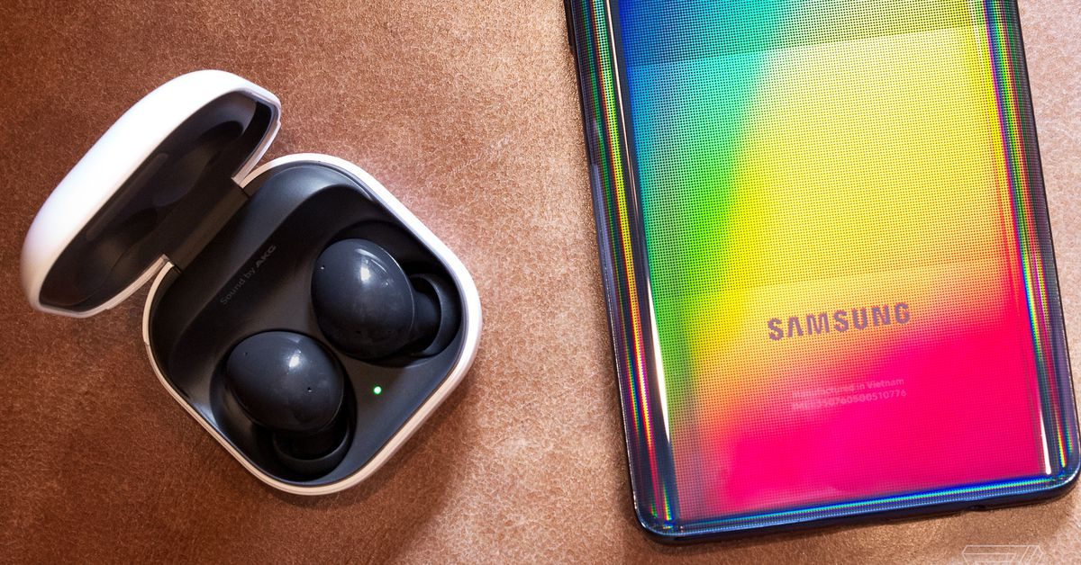 People always look at me weirdly when I say that I use Samsung's Galaxy Buds Live with my iPhone 12 Pro. But it's a pairing that makes sense for m