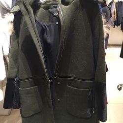 Zac Zac Posen coat, size 4, $251.60 (was $895)