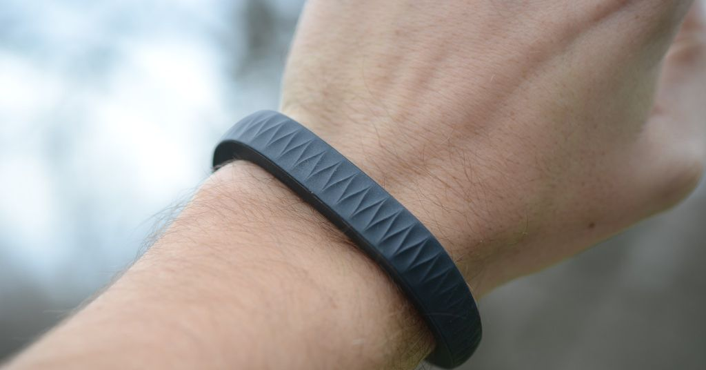 Someone is using an old Jawbone patent to sue Apple and Google