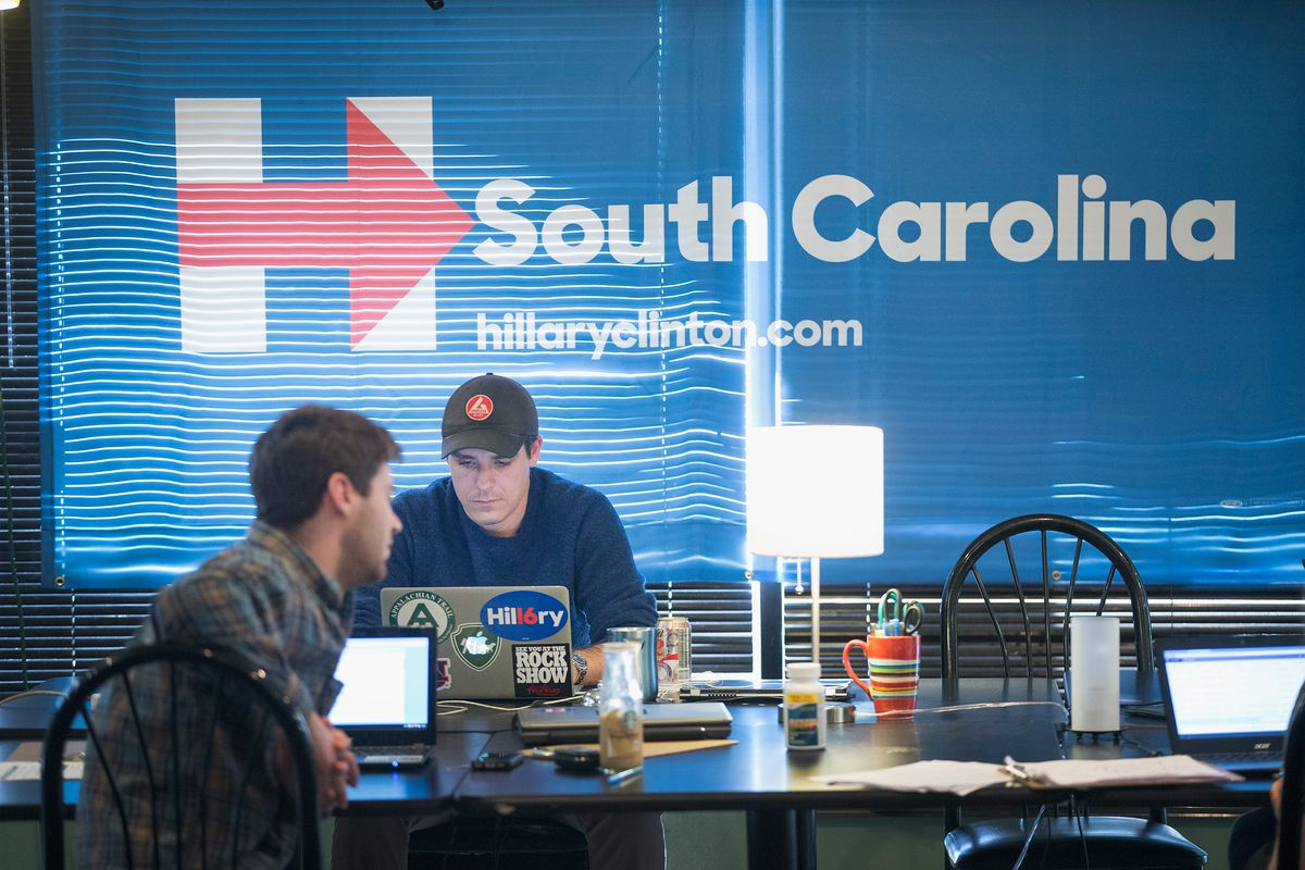 Clinton Campaign Workers Prepare For South Carolina Primary