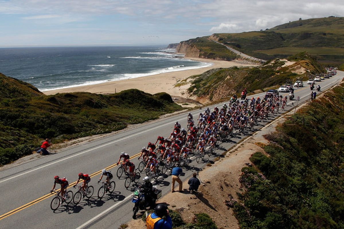 DAVENPORT, CA - MAY 18:  The Peloton rides down Highway 1 along the coast during the third stage of the Tour of California on May 18, 2010 in Davenport, California.  (Photo by Chris Graythen/Getty Images)