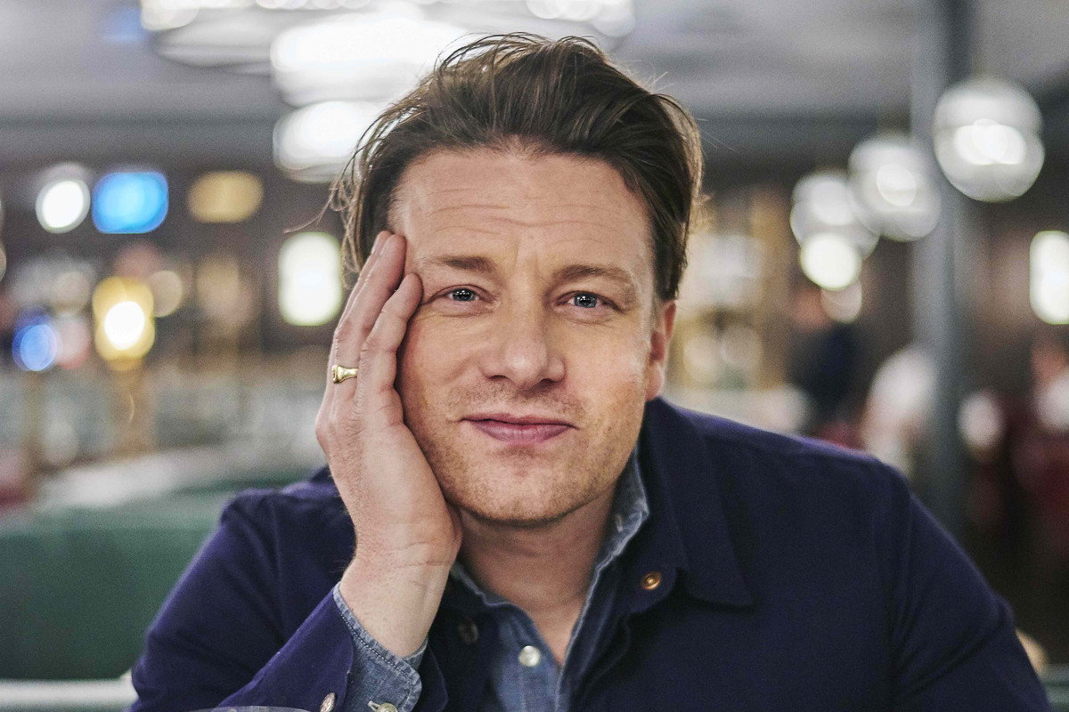 Celebrity Chef Jamie Oliver Breaks Silence on Jamie's ...
