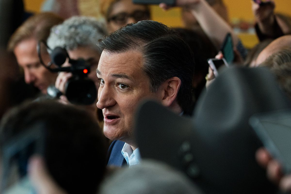 Ted Cruz chased out of restaurant in D.C.