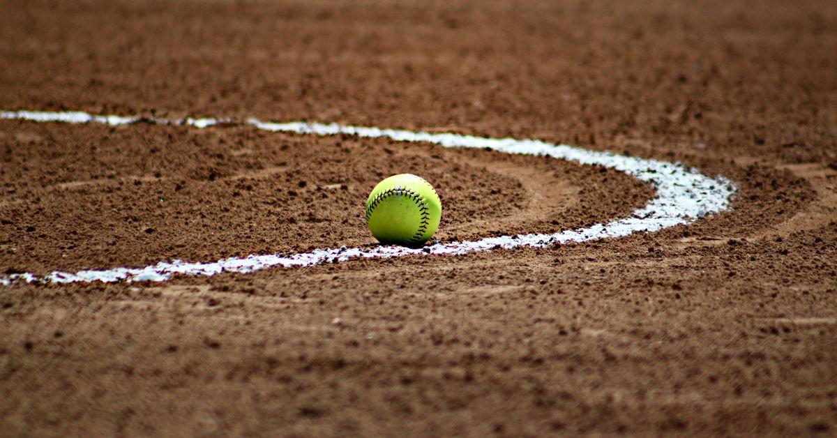 Softball_baseball_ball_sport_54330