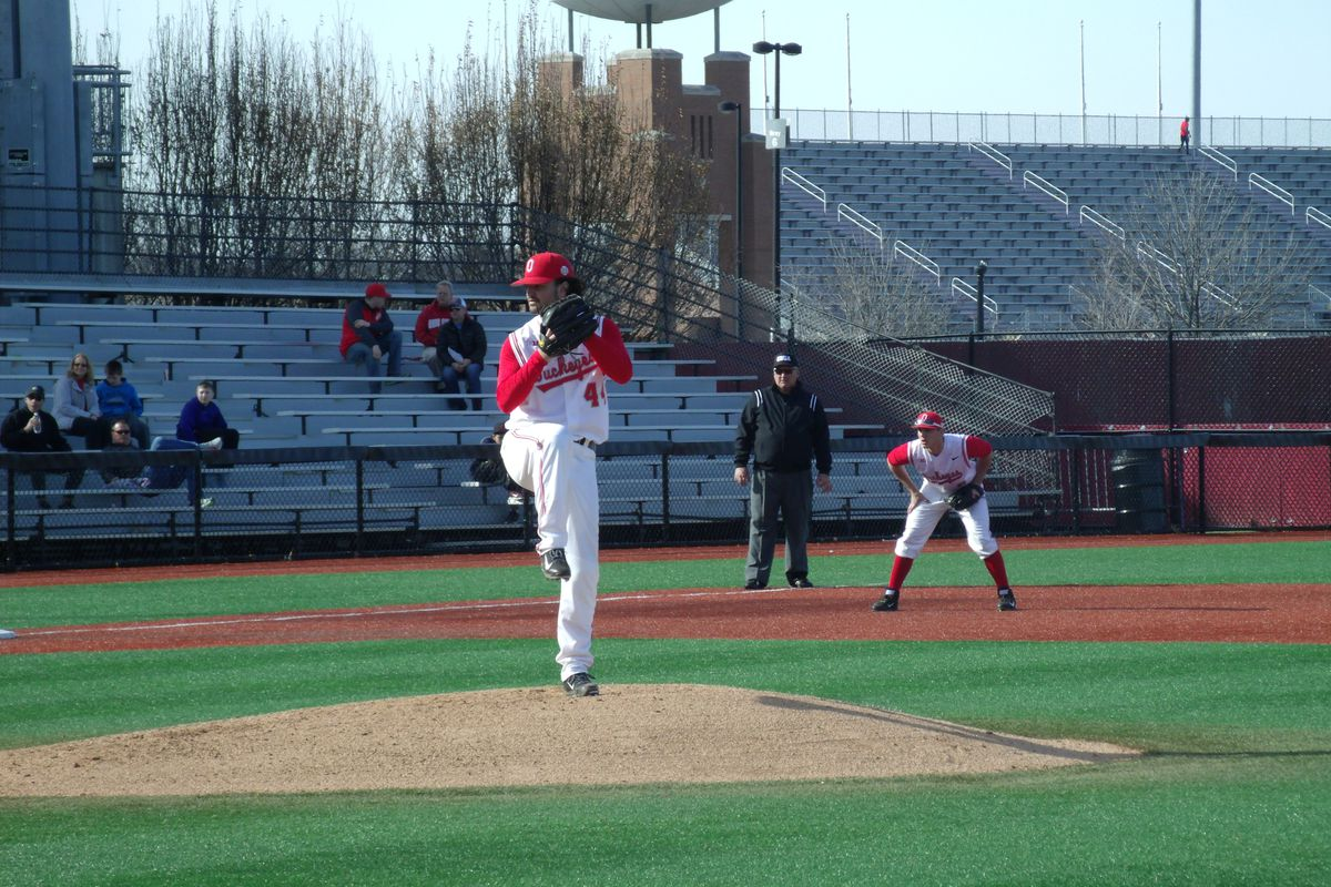 Senior left-hander Ryan Riga clinched a weekend victory for a second week in a row.