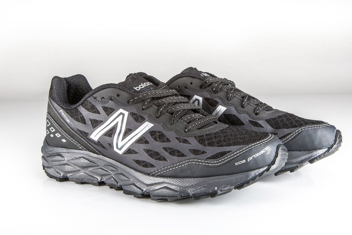 """The US-made 950v2 shoe intended for military use, via <a href=""""http://www.newbalance.com/on/demandware.store/Sites-newbalance_us-Site/default/FIT-article?bundle=1926&amp;cat=running&amp;filter=&amp;ecid=so_FB_lfstyl_Military_mk"""">New Balance</a>"""