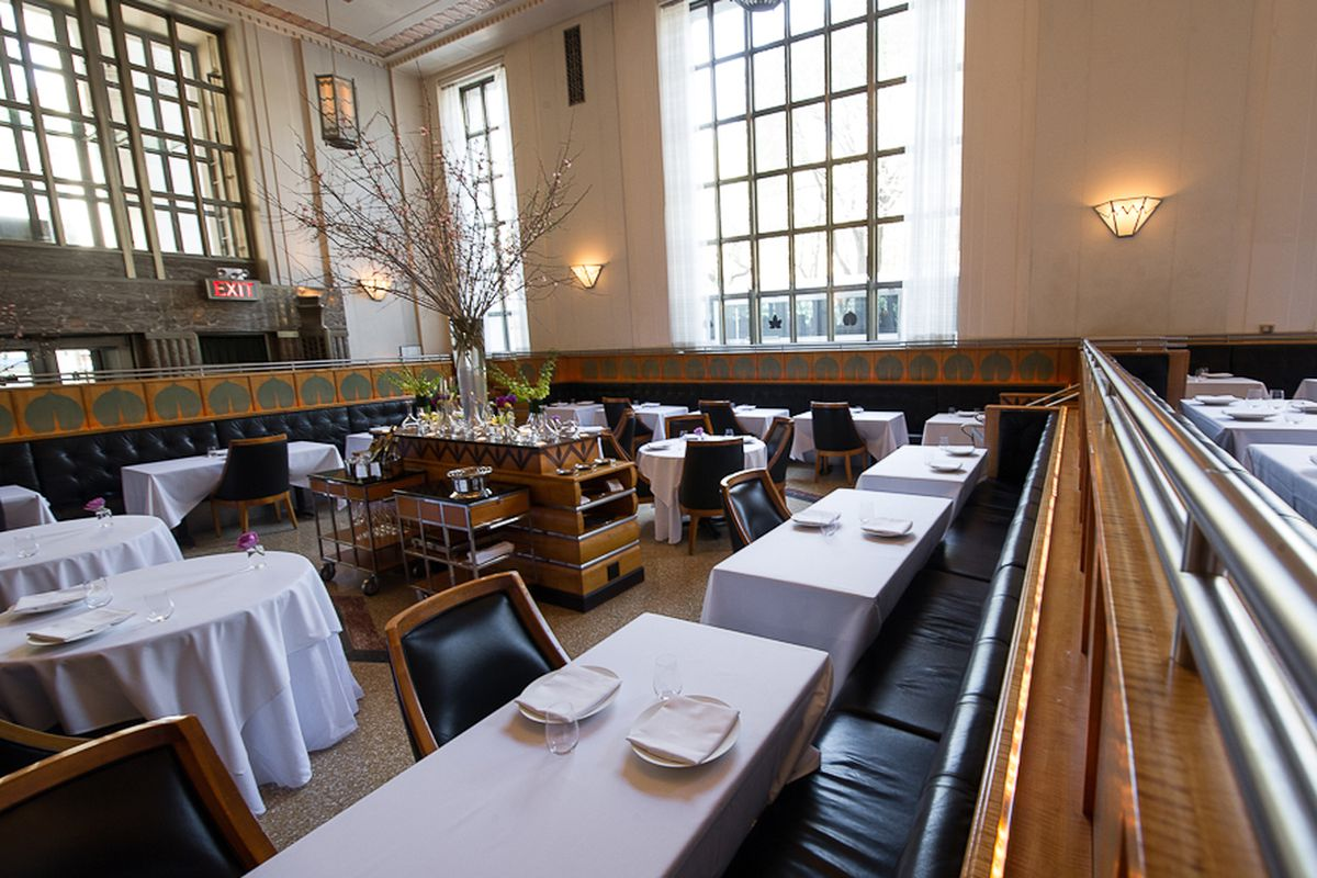 [The dining room at Eleven Madison Park] Daniel Krieger · Eleven Madison  Park, a restaurant ...