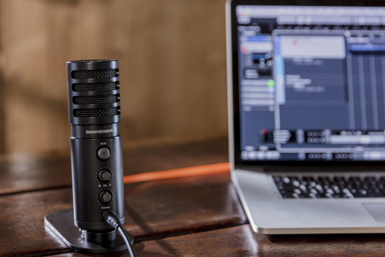 beyerdynamic s new 179 usb mic is built for podcasters twitch streamers and musicians
