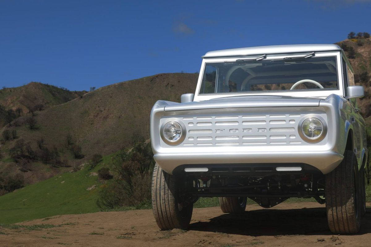 ford bronco  electric   labs model curbed