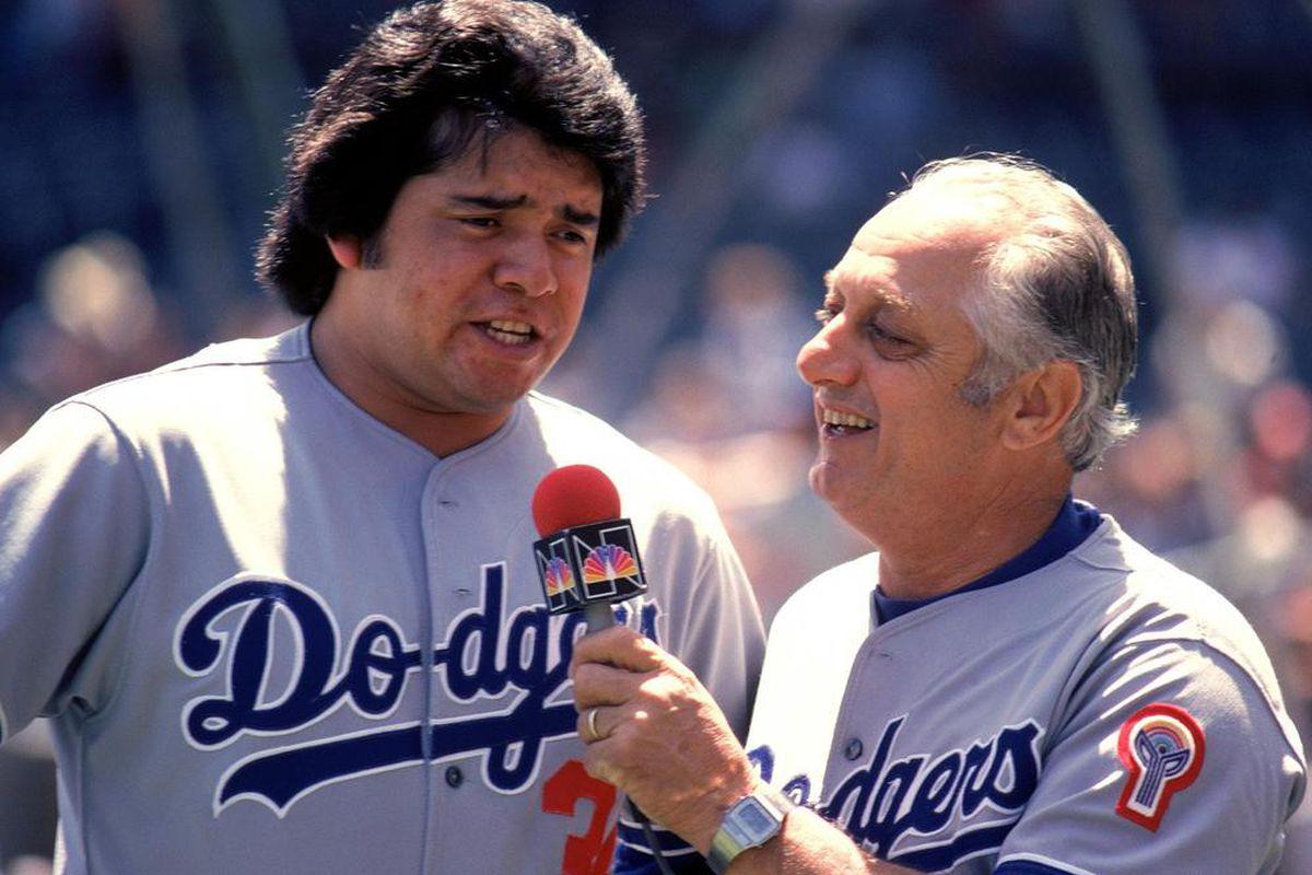 Fernando Valenzuela and Tommy Lasorda in 1981 (<em>Jonathan Daniel / Getty Images</em>)