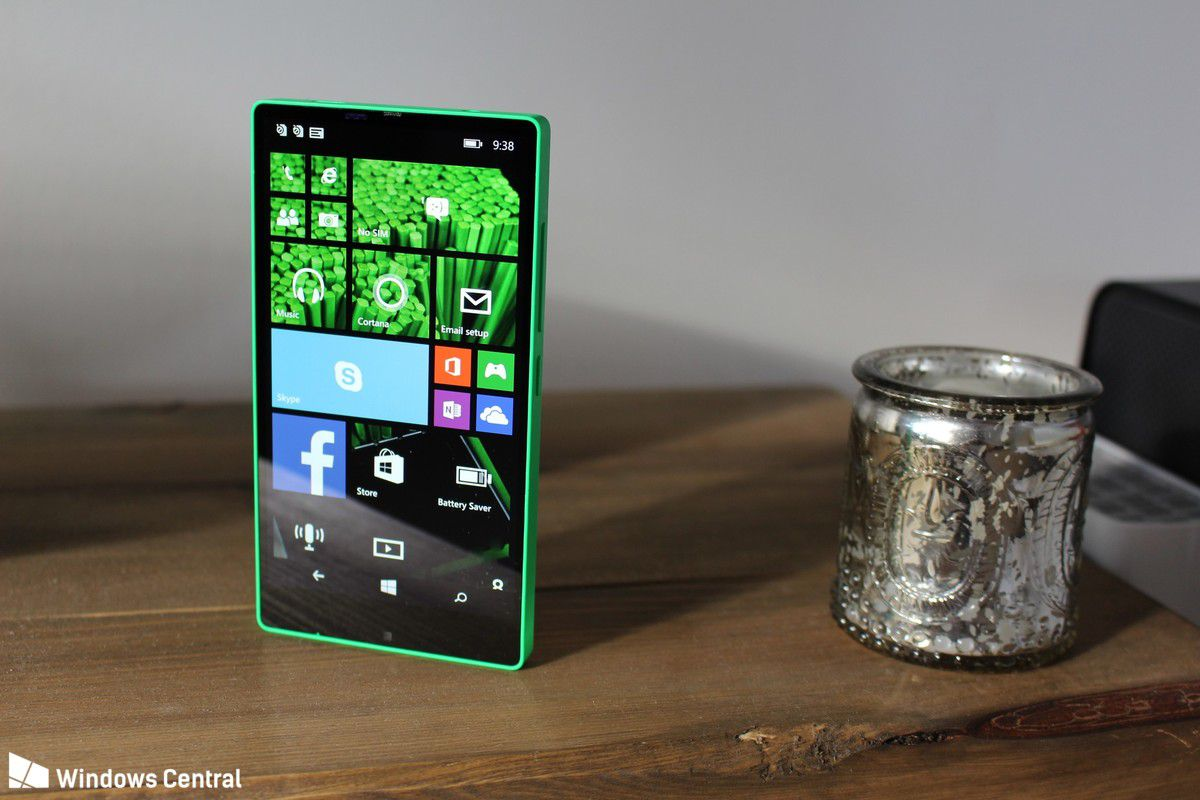 Microsoft Almost Made A Bezel Less Windows Phone In 2014