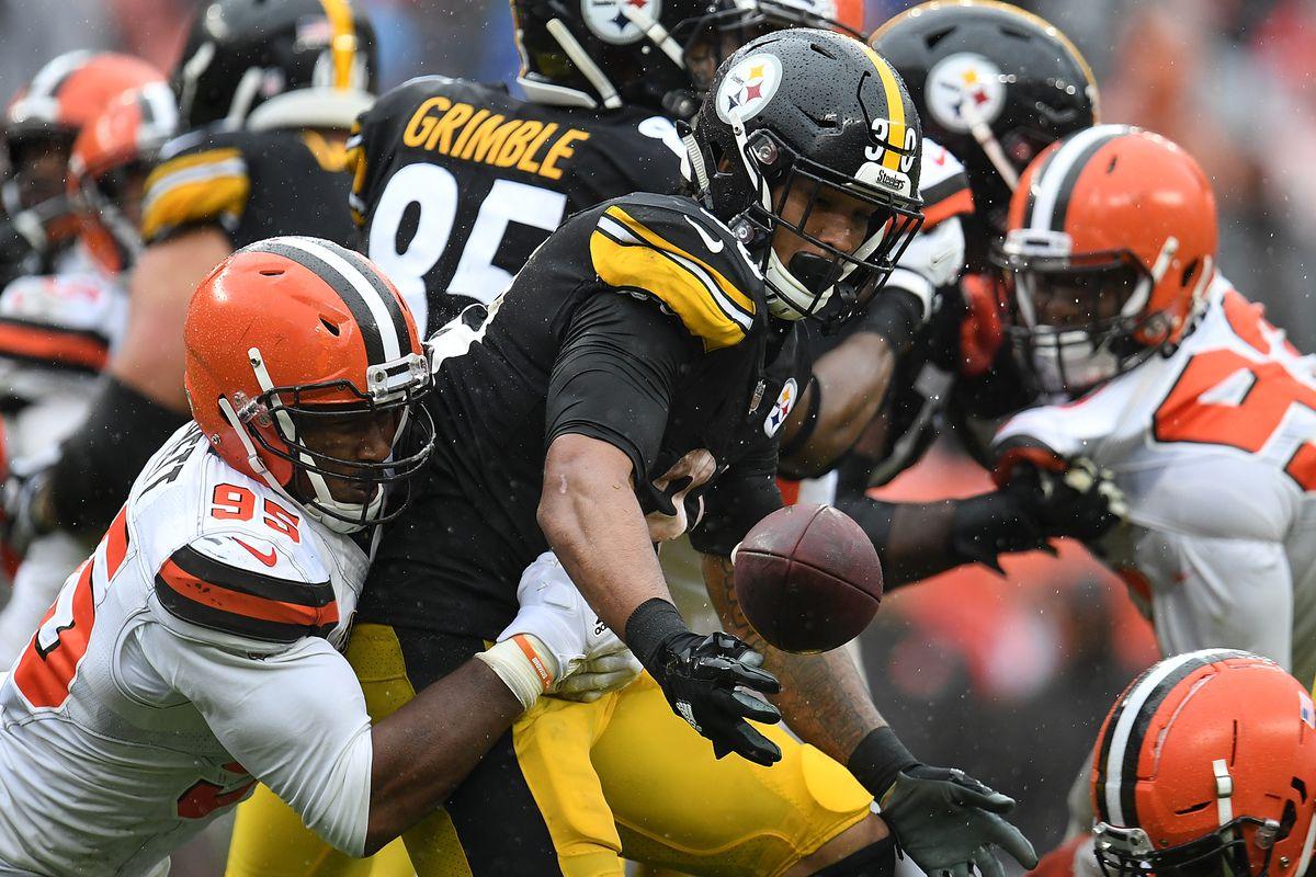 Browns Steelers Ended In A Tie And It Was Stupid In Every Possible Way Sbnation Com