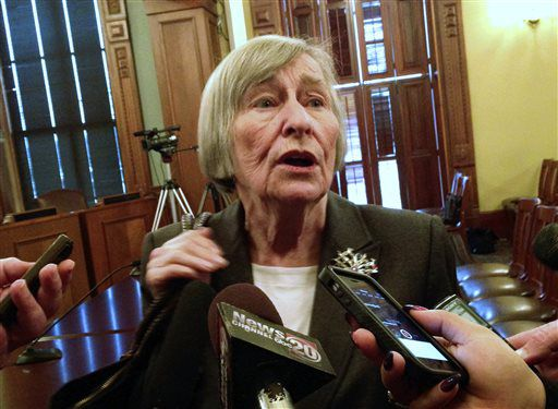 Then state House Majority Leader Barbara Flynn Currie, D-Chicago, talks to reporters in 2015.