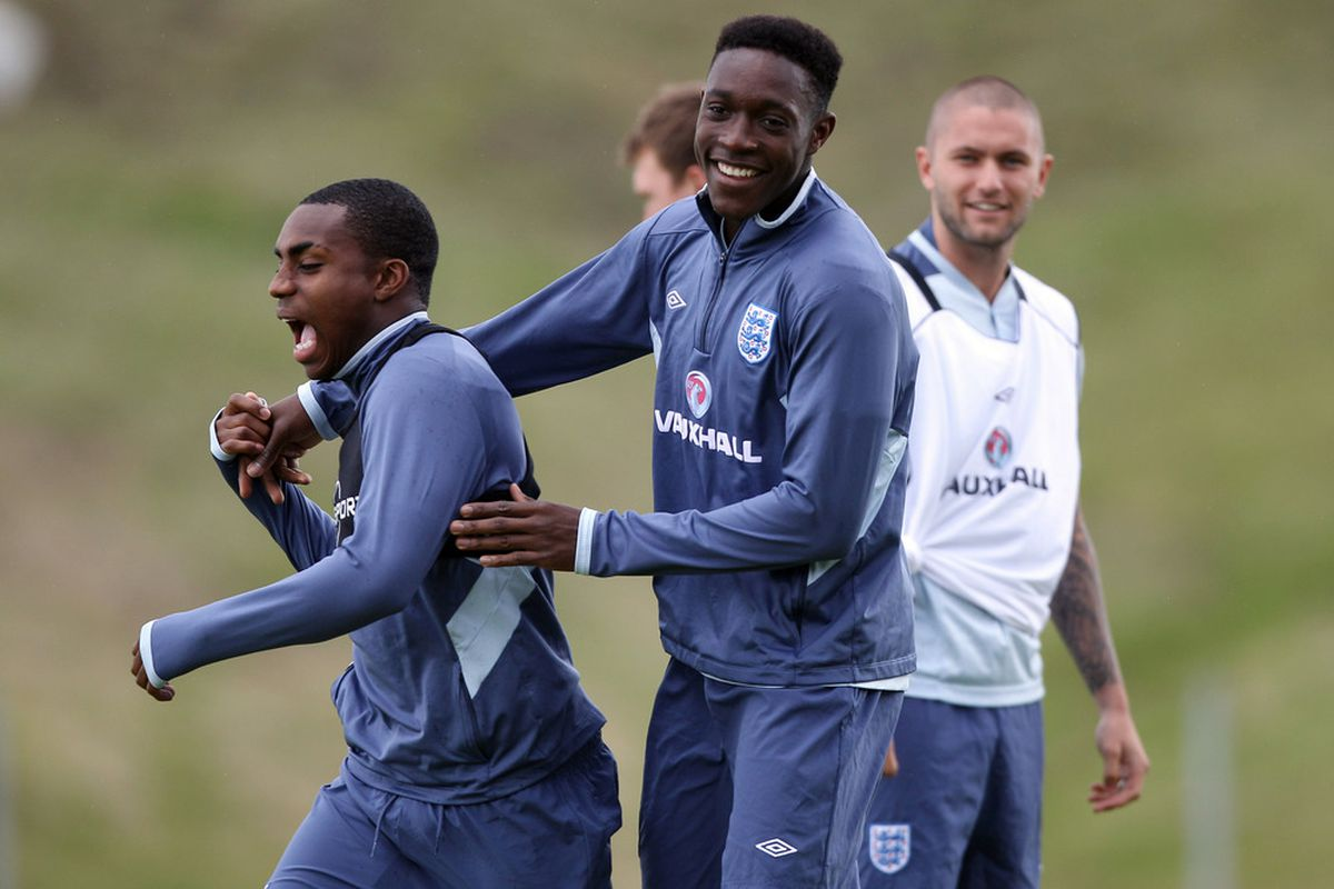 Danny Welbeck and Danny Rose in an England U21 training session