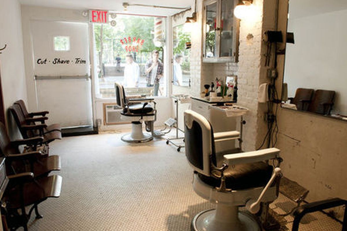 """The Blind Barber, NYC. Photo via <a href=""""http://theblaaahg.com/post/860073195/the-blind-barber"""">The Blaaahg</a>."""