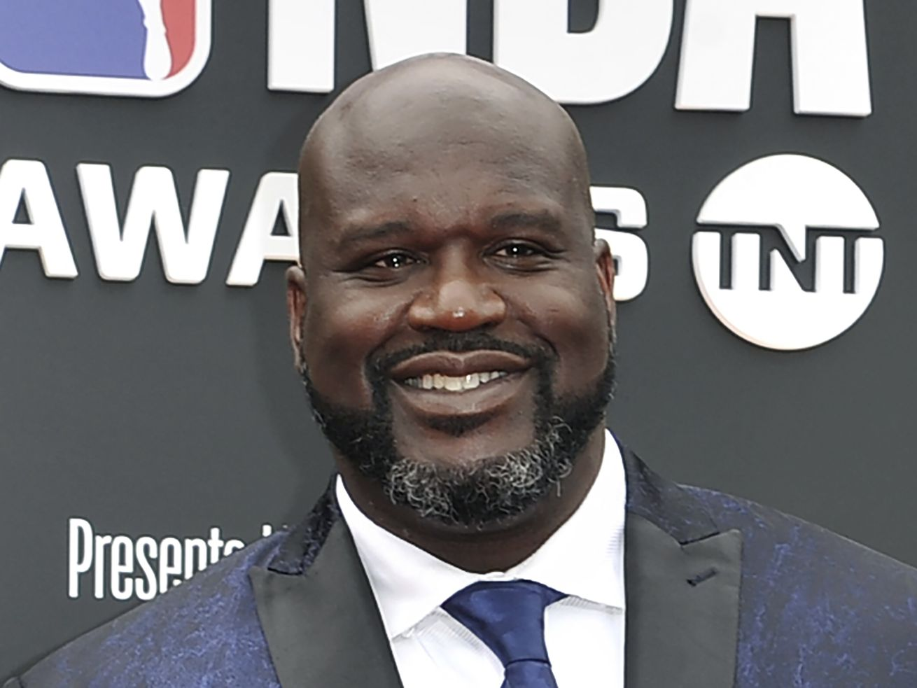 Shaquille O'Neal makes Instagram post showing what 'greatness at the guard position looks like' after Donovan Mitchell drama