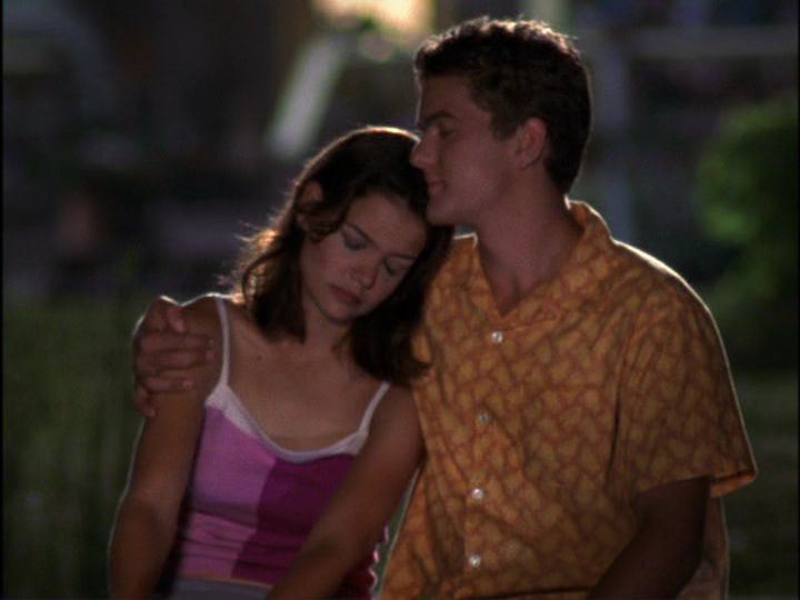 20 years ago, Dawson's Creek introduced a love triangle that changed teen  soaps forever - Vox