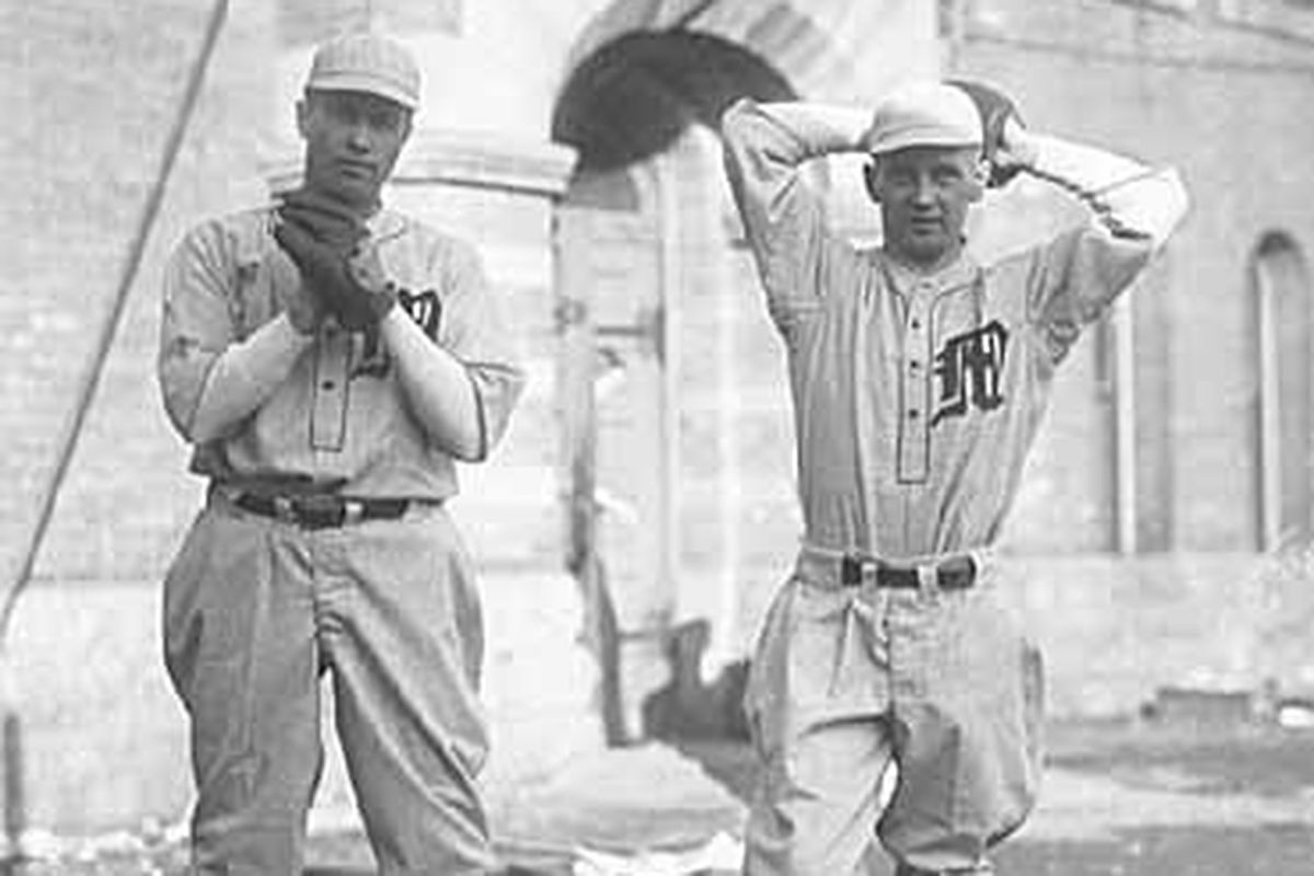 Pitcher and catcher, 1926