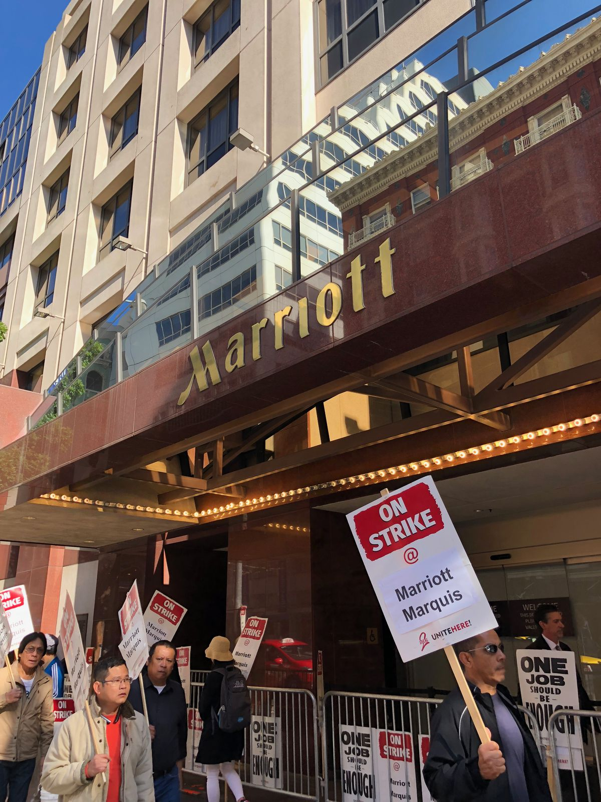 SF Marriott Hotel Workers Remain on Strike With Unite Here